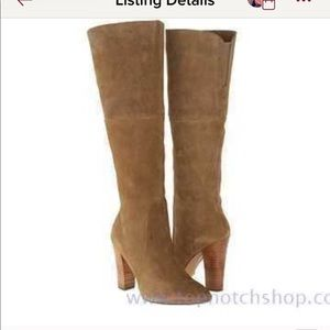 New never worn Betsy Johnson taupe boots